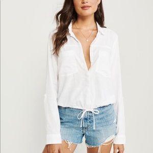 A&F white cinched hem button up shirt